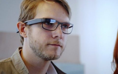 Google眼镜更名Aura 要来一次华丽转身