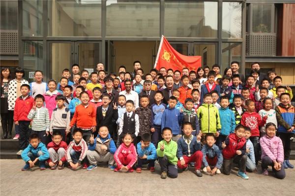 Google CEO首次到中国 和聂卫平柯洁聊围棋