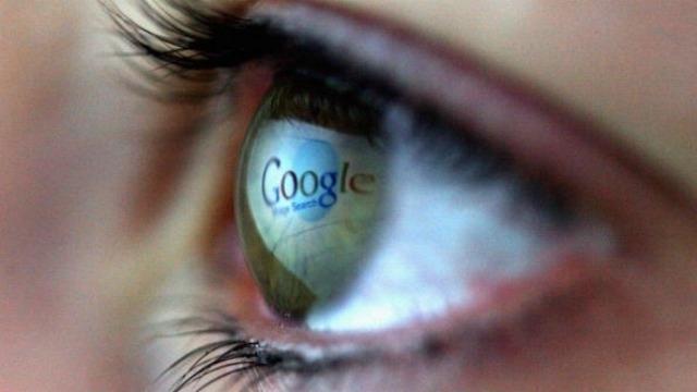 Google黑科技:将电子设备植入眼球矫正近视